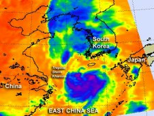 AIRS instrument showed the strongest rainfall south of Khanun's center of circulation.