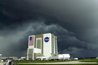 Stormy weather approaching KSC