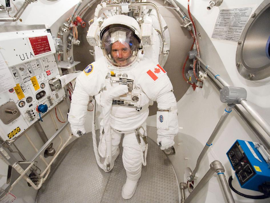 canadian space agency astronaut description - photo #37