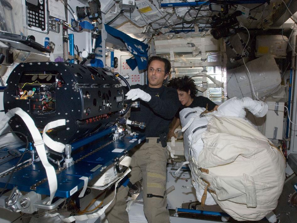 Sunita NASA International Space Station Missions - Pics ...