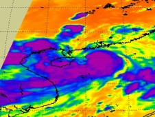 AIRS captured this infrared image Typhoon Kai-tak on Aug. 16 at 1811 UTC