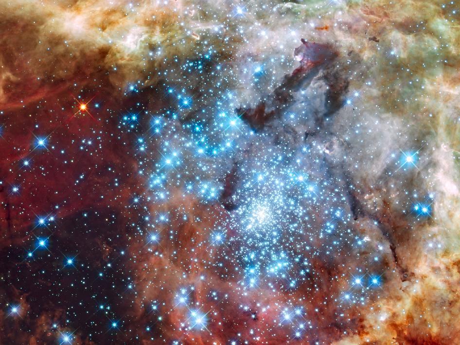 Hubble Relojes Star Clusters en curso de colisión