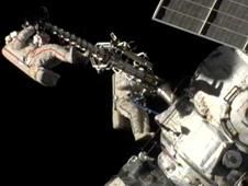 Spacewalkers Gennady Padalka and Yuri Malenchenko