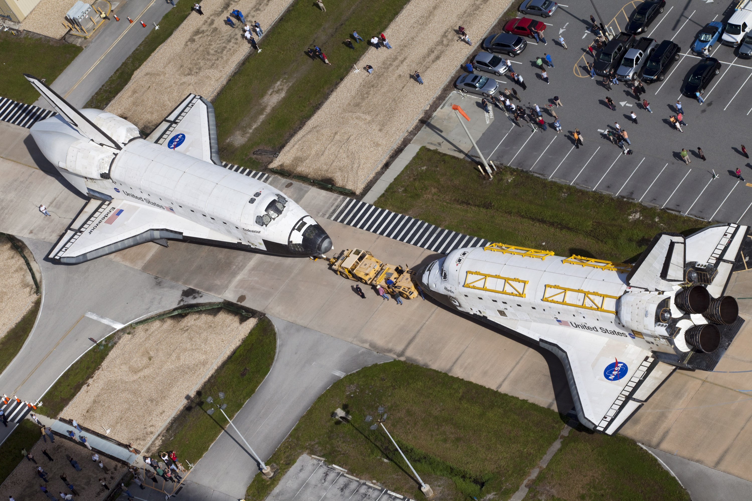 NASA - Endeavour a Step Closer to its New Mission of ...