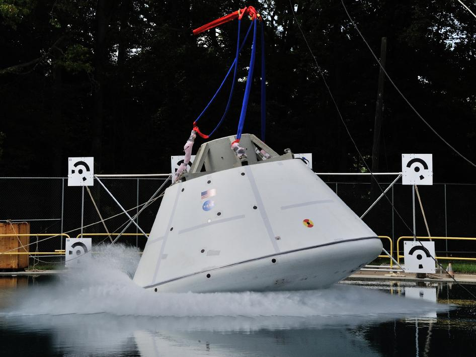 Nasa Orion Water impact test of an