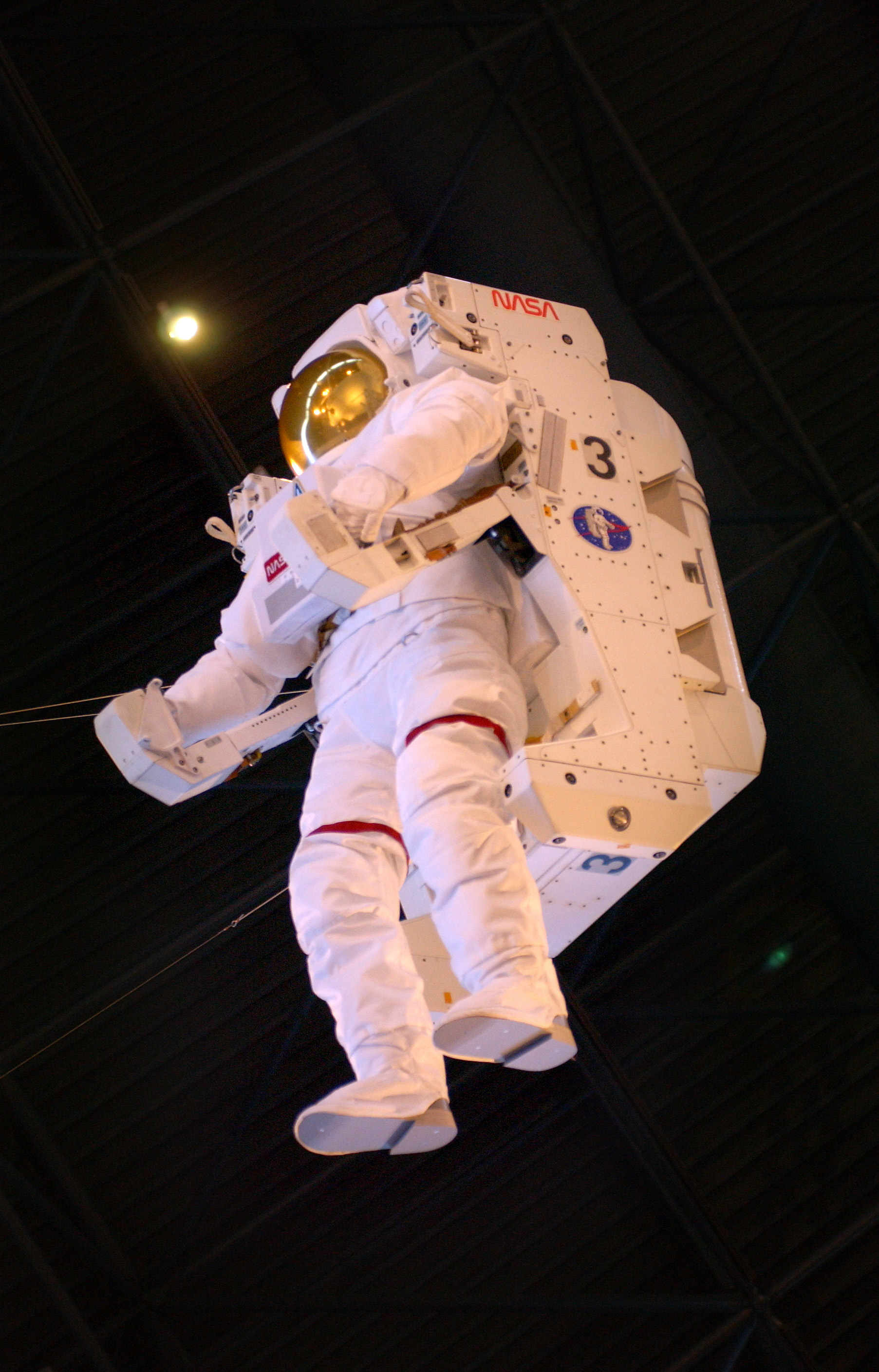 astronaut untethered space walk - photo #15