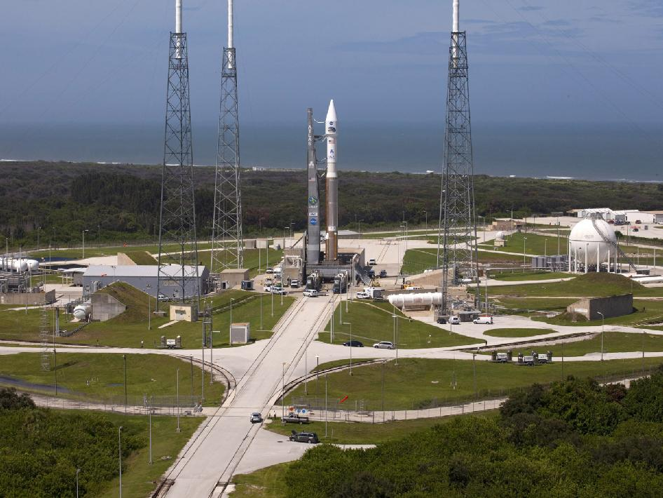 The Atlas V rocket with NASA's Radiation Belt Storm Probes atop arrives on the pad once again.