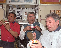 Expedition 10 crew and Yuri Shargin, right