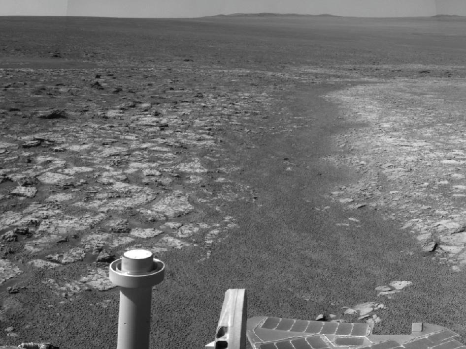Opportunity's Surroundings on 3,000th Sol