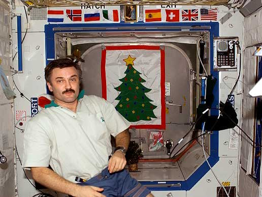 Expedition 8 Flight Engineer Alexander Kaleri