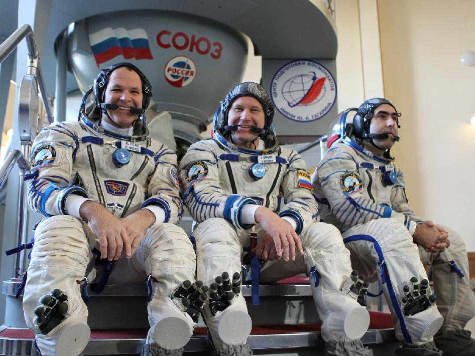 Expedition 33 - 34 Crew Members