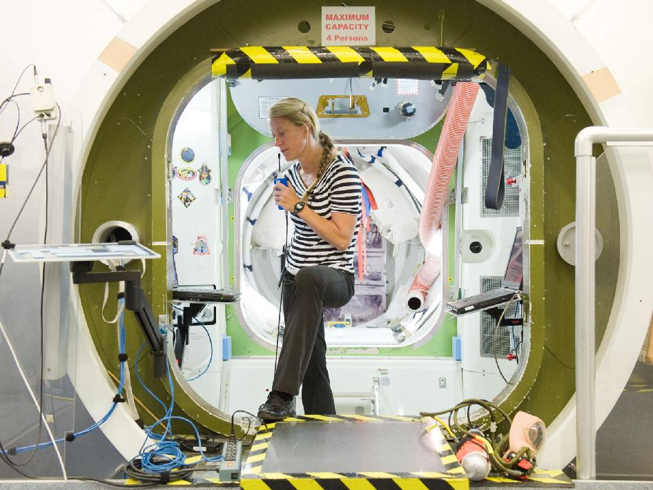 Expedition 36-37 Flight Engineer Karen Nyberg