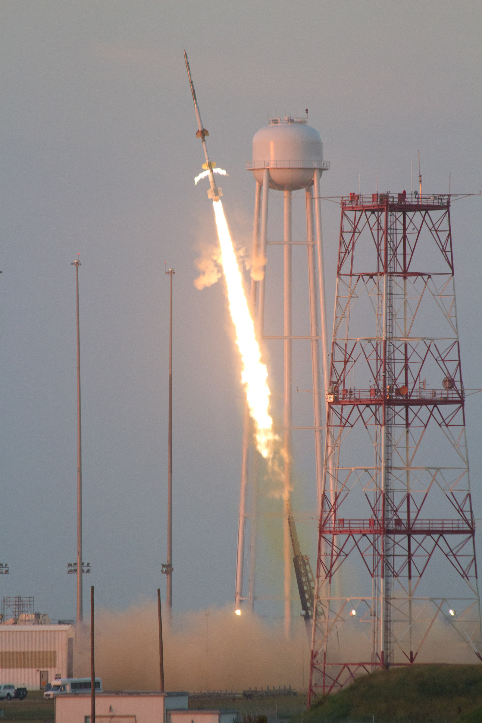 NASA successfully tested a new suborbital sounding rocket, a Talos-Terrier-Oriole, today from the agency's launch range at the Wallops Flight Facility in Virginia.