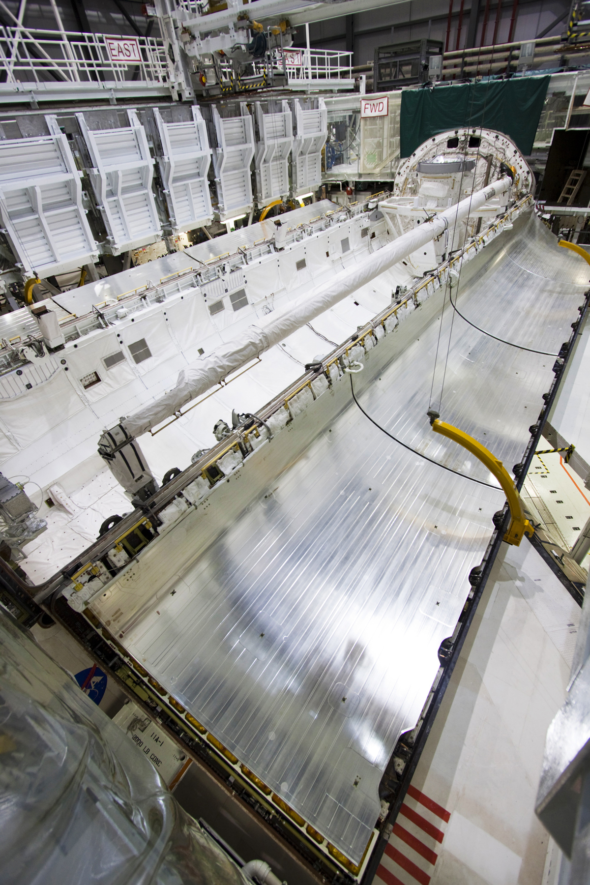 space shuttle payload bay doors - photo #3