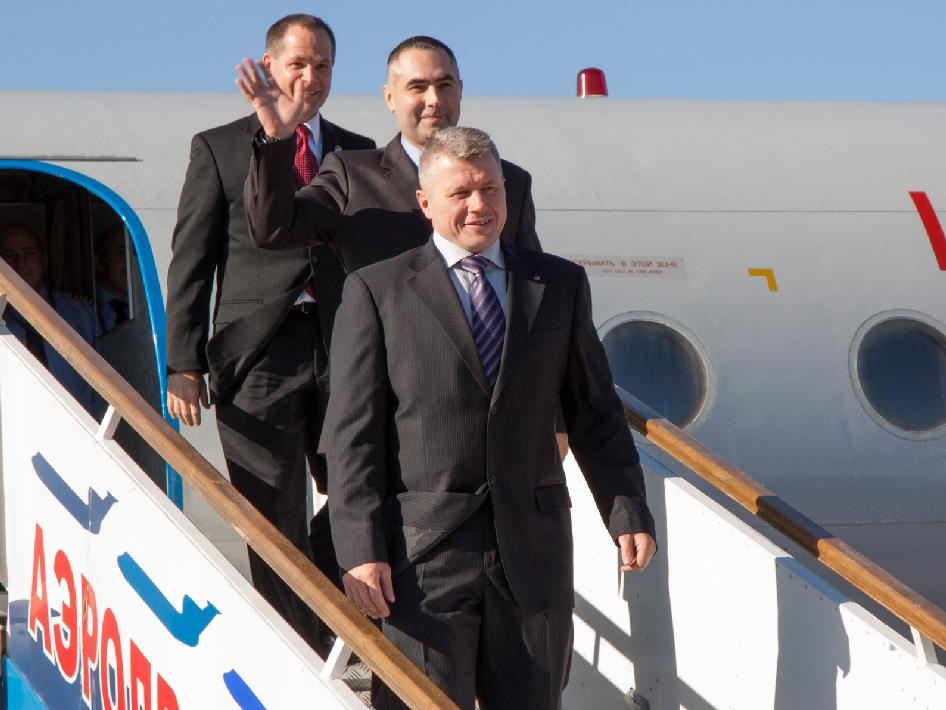 The Expedition 33 crew arrives at the Baikonur Cosmodrome in Kazakhstan