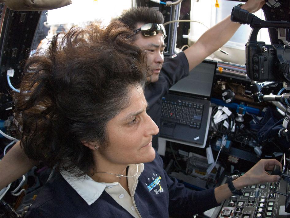 sunita williams astronaut