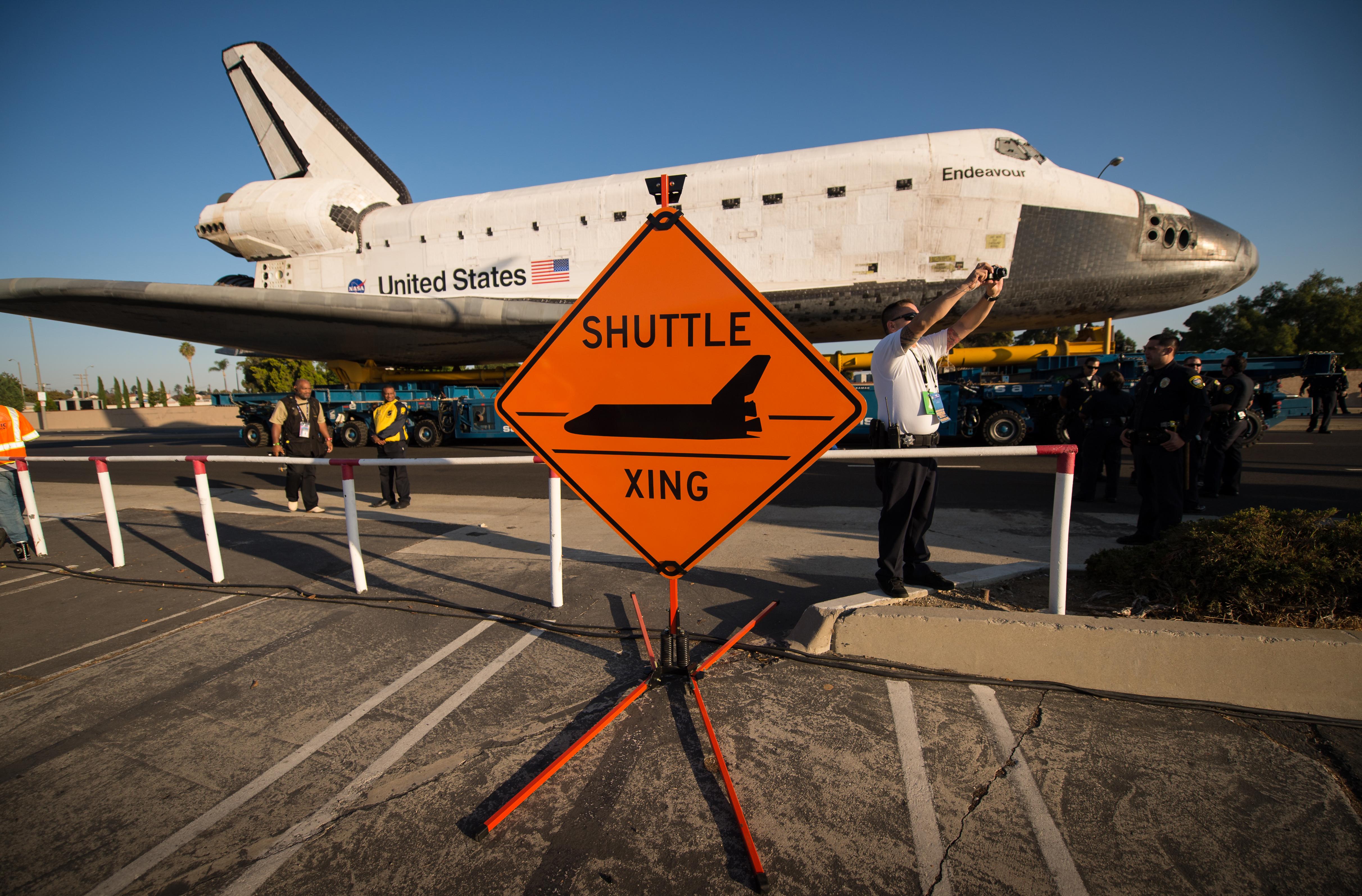 space shuttle endeavour size - photo #23