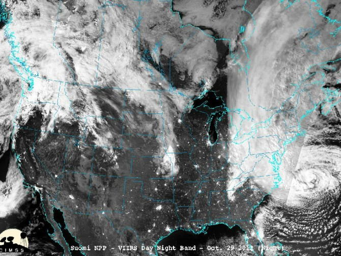 NPP Captures night-time view of Hurricane Sandy's historic landfall on the New Jersey coast during the night of Oct. 29