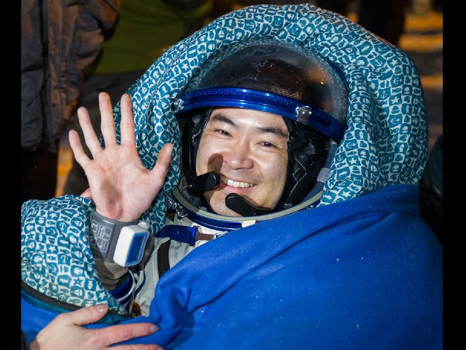Expedition 33 Flight Engineer Aki Hoshide