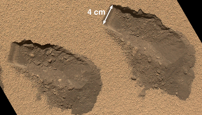 Scoop marks in the sand at 'Rocknest'