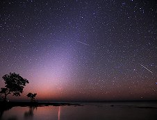 Image of 2012 Quadrantid meteor shower over the Florida Keys. Photo copyright Jeff Berkes, all rights reserved. Used with permission.