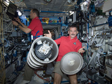iss034e010603 -- Flight Engineers Chris Hadfield and Tom Marshburn