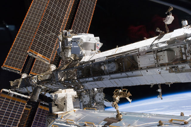 S134-E-007532: The starboard truss of the International Space Station
