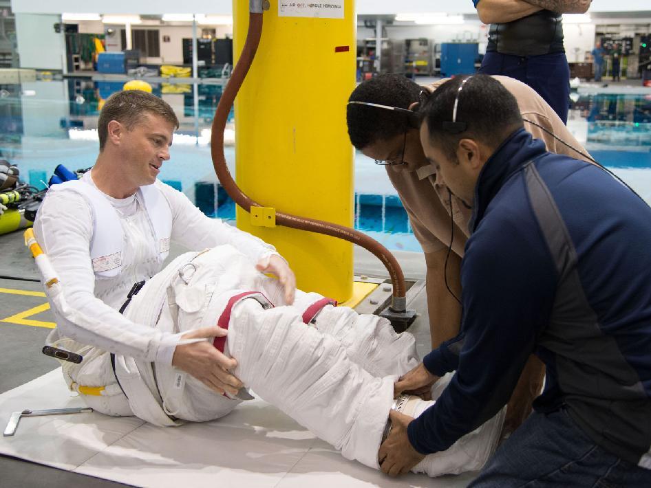 NASA - NASA Astronaut Reid Wiseman