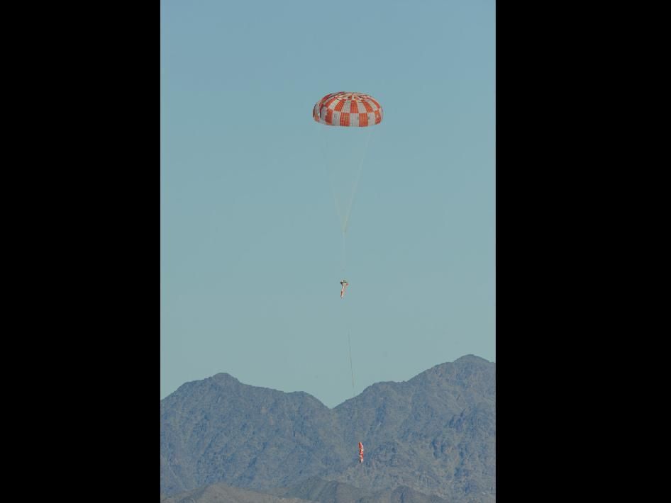 Orion Parachute Drop Test on Feb. 12, 2013