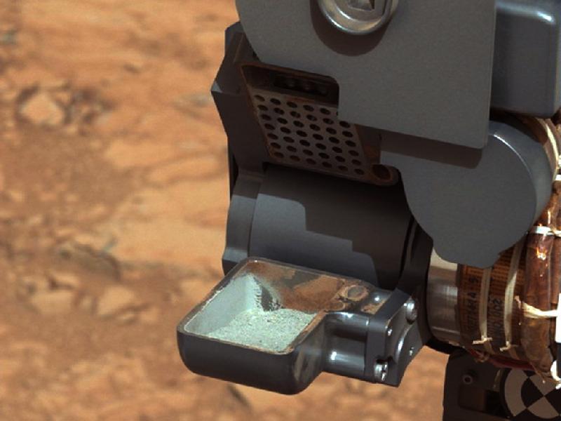 Rover Curiosity zanalyzoval odebrané vzorky, hornina vznikla ve sladké vodě