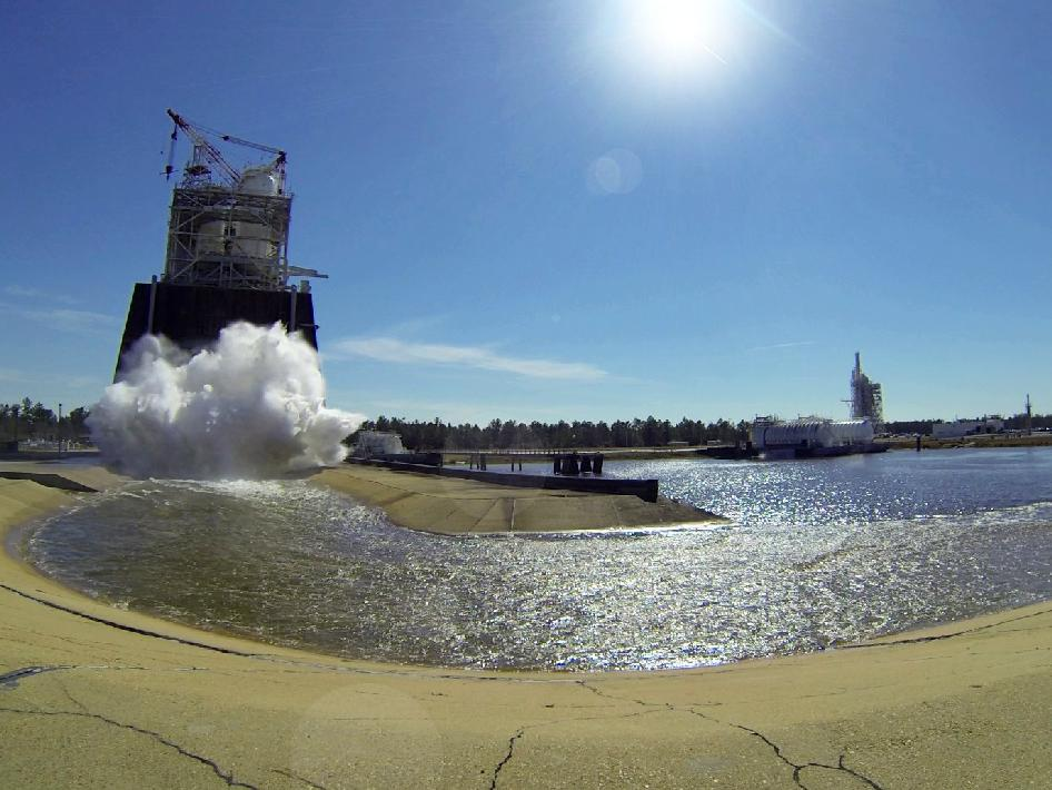 J2X engine testing at Stennis Space Center on Feb. 27, 2013