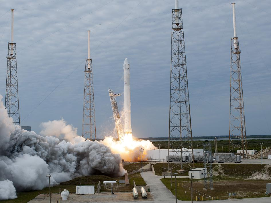 Space Exploration Technologies' Falcon 9 rocket lifts off Space Launch Complex 40 on Cape Canaveral Air Force Station in Florida at 10:10 a.m. EST on Friday, March 1, 2013, carrying a Dragon capsule filled with cargo.