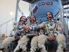 JSC2013-E-013614: Expedition 35 crew
