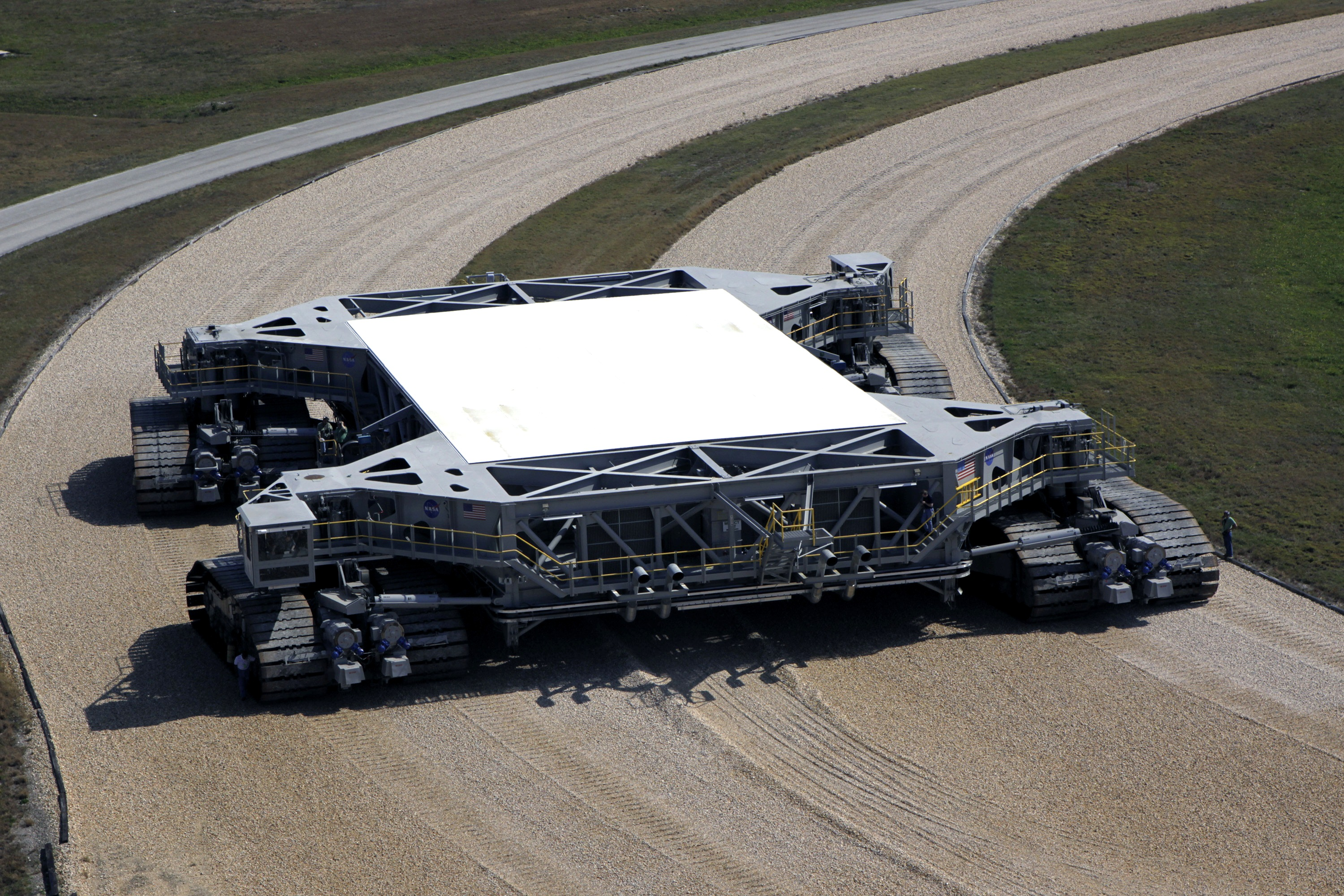 NASA - Crawler-Transporter Receives New Roller Bearing ...