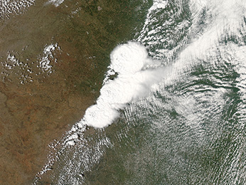 Image from NASA'S MODIS satellite of the storm system that generated the F-4 tornado in Moore, Oklahoma, captured at 19:40 UTC (2:40 p.m. CDT) on May 20, 2013.