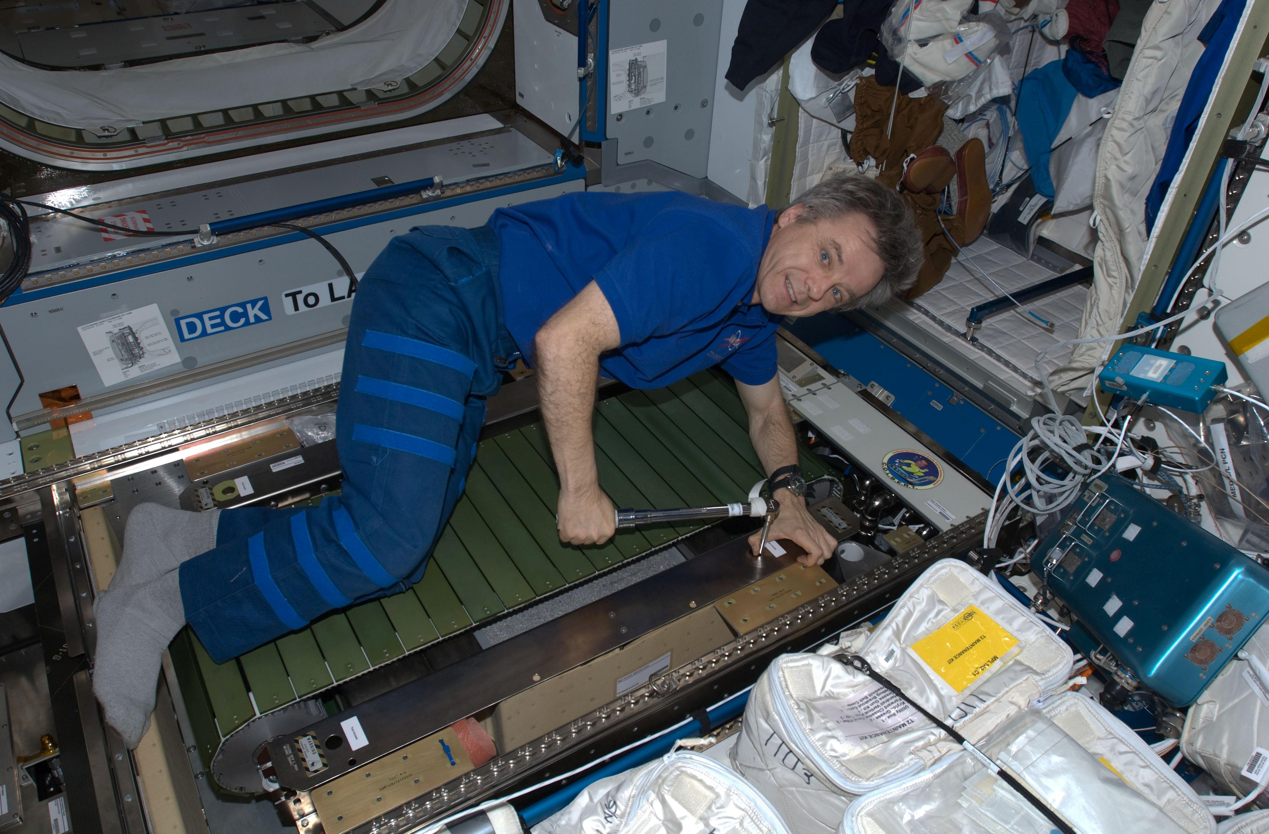 astronaut treadmill workout - photo #29