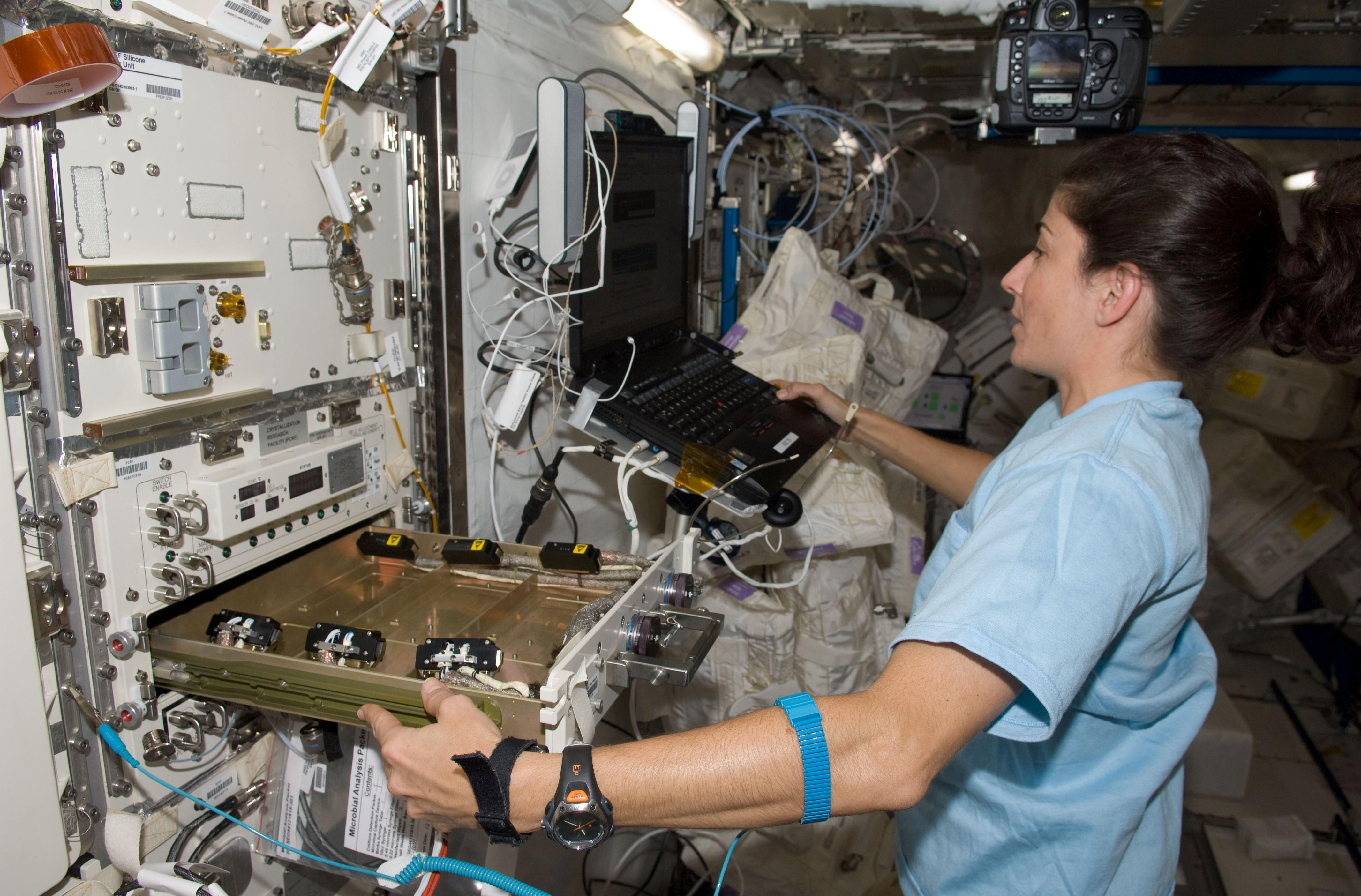 space station research paper Check out these 5 awesome college essay writing tips from professional authors: why engineering essays dumpster diving essay summary of globalization juvenile delinquency research paper reporting deckblatt essay uni leipzig erasmus republican essay texting and driving essay high school what's the word dissertation mean university essay.