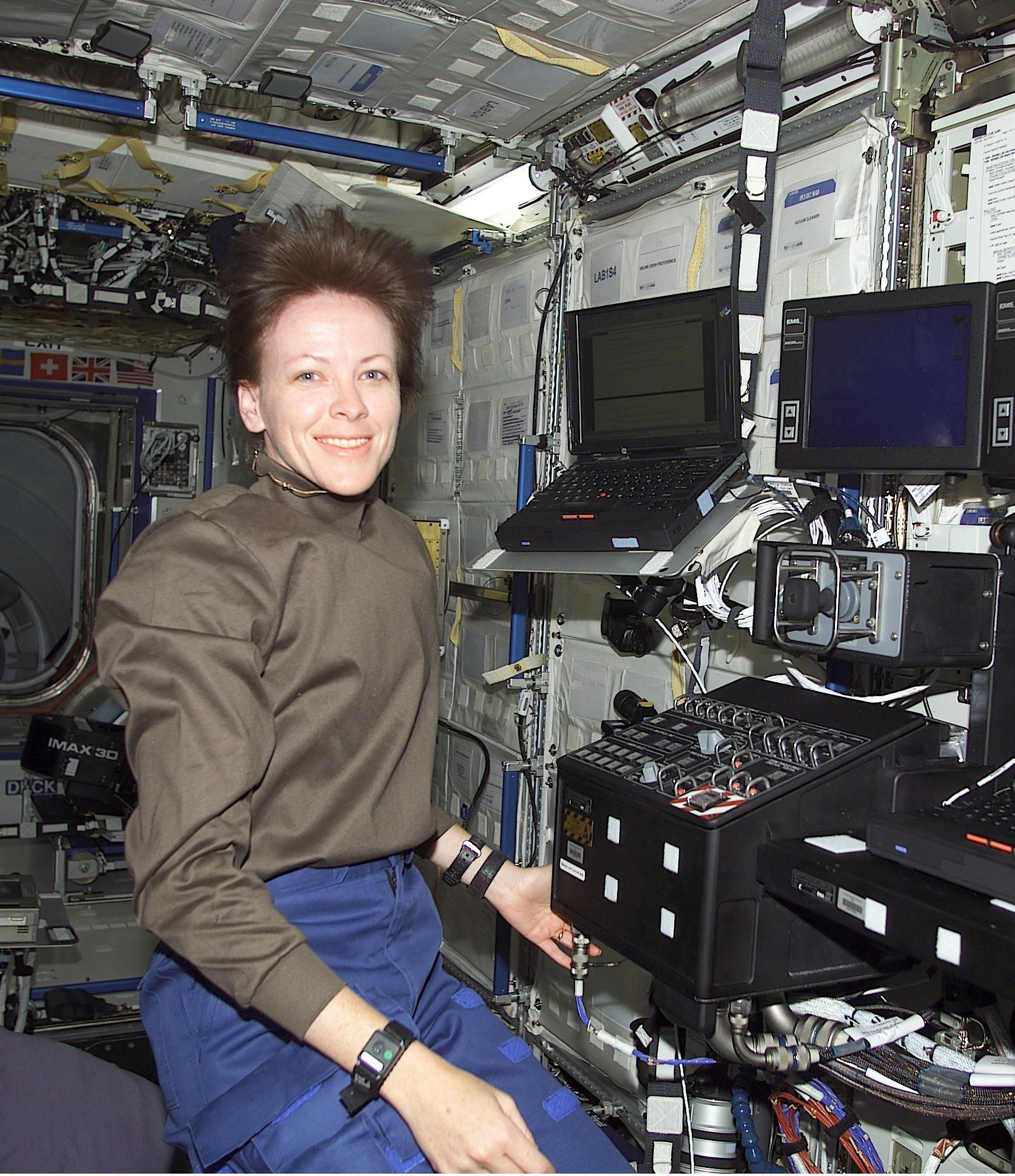 longest astronaut in space station - photo #45