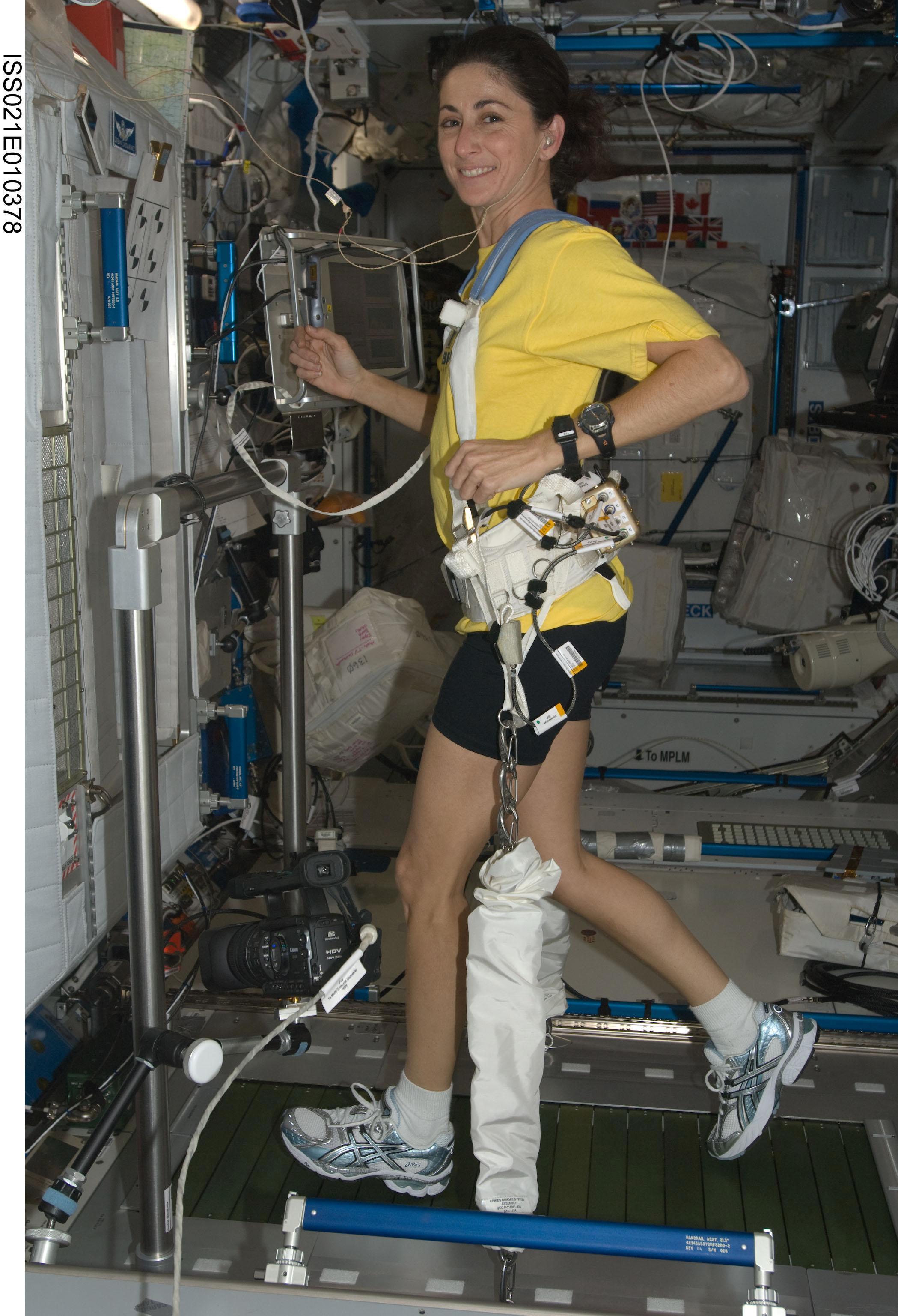 astronaut treadmill workout - photo #1