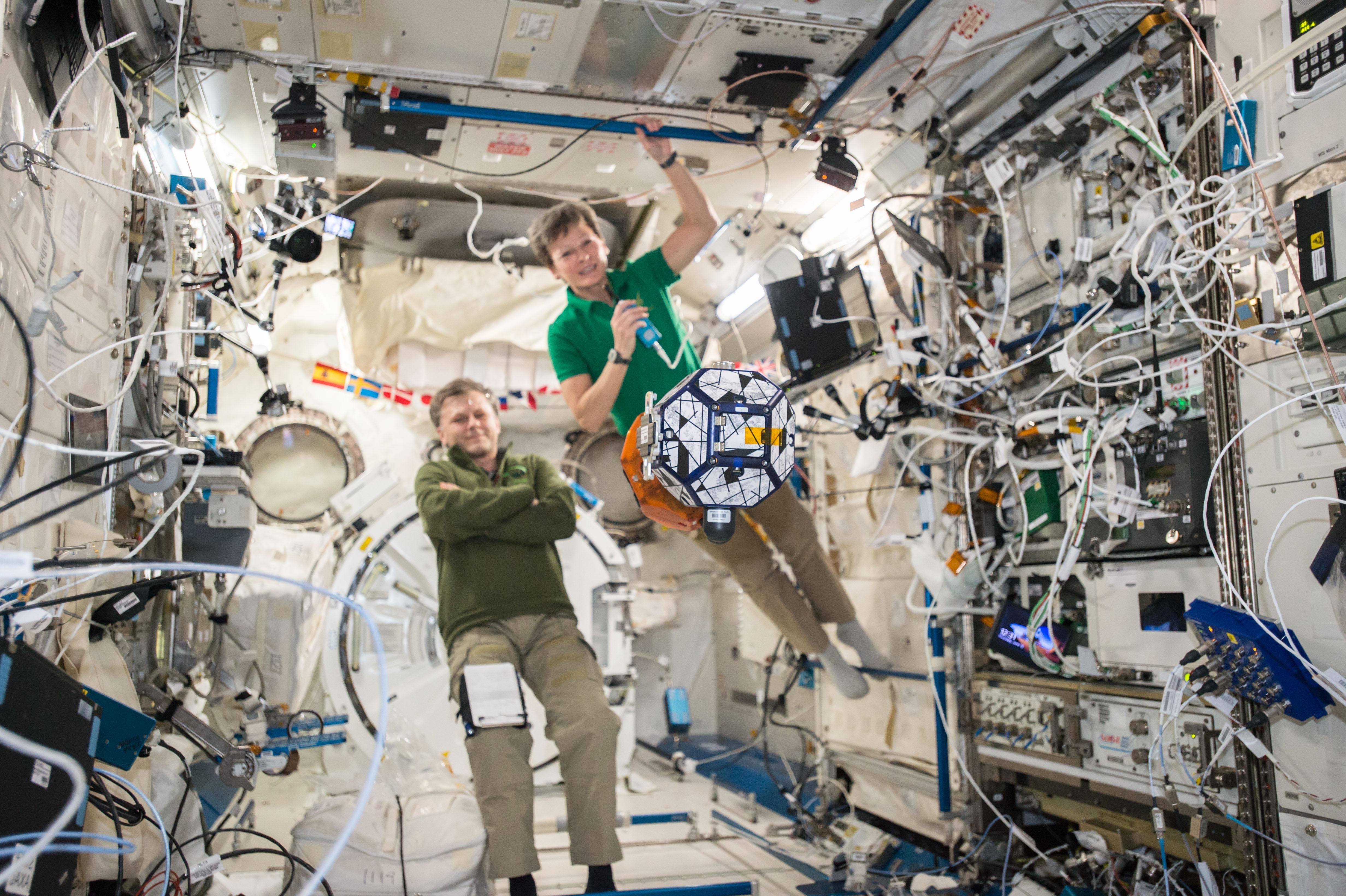 NASA - Synchronized Position Hold, Engage, Reorient, Experimental
