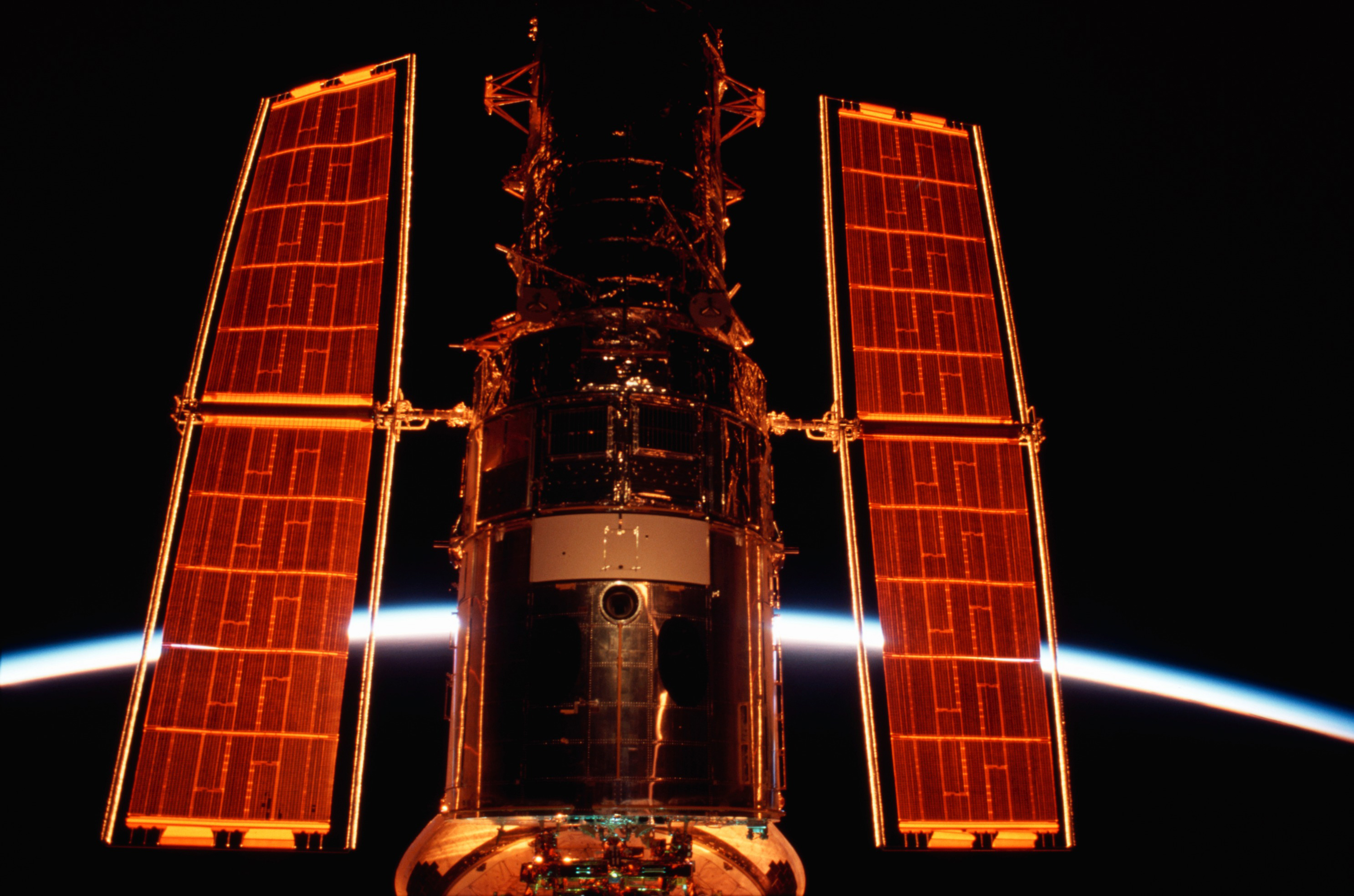 Fourth Hubble Servicing Mission Launches -- March 1, 2002 ...