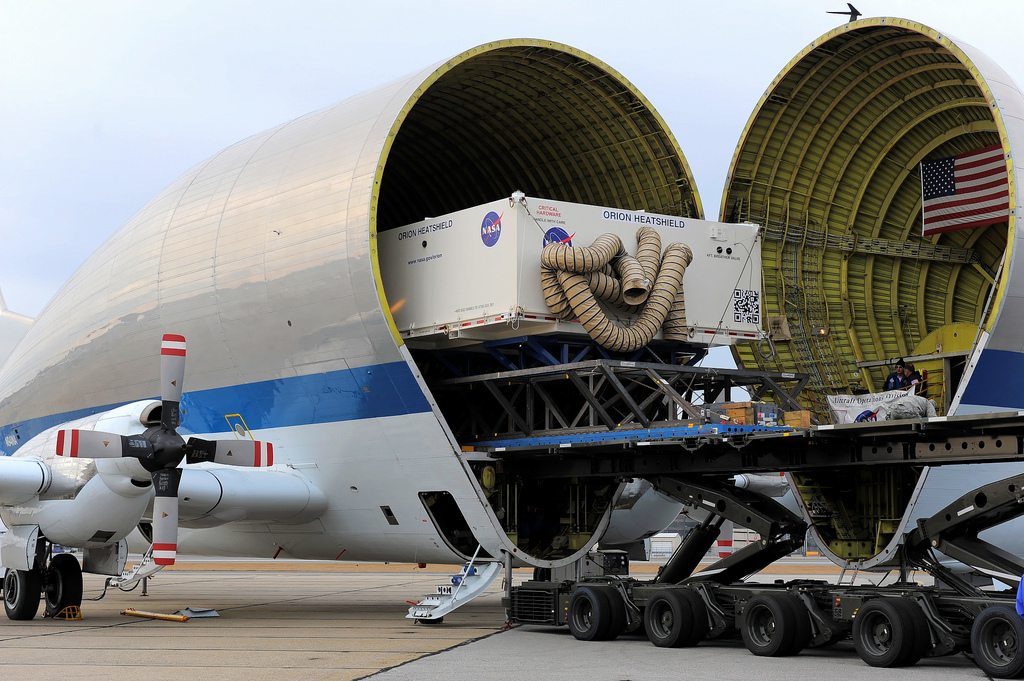 Heat Shield for NASA's Orion Spacecraft Arrives at Kennedy ...