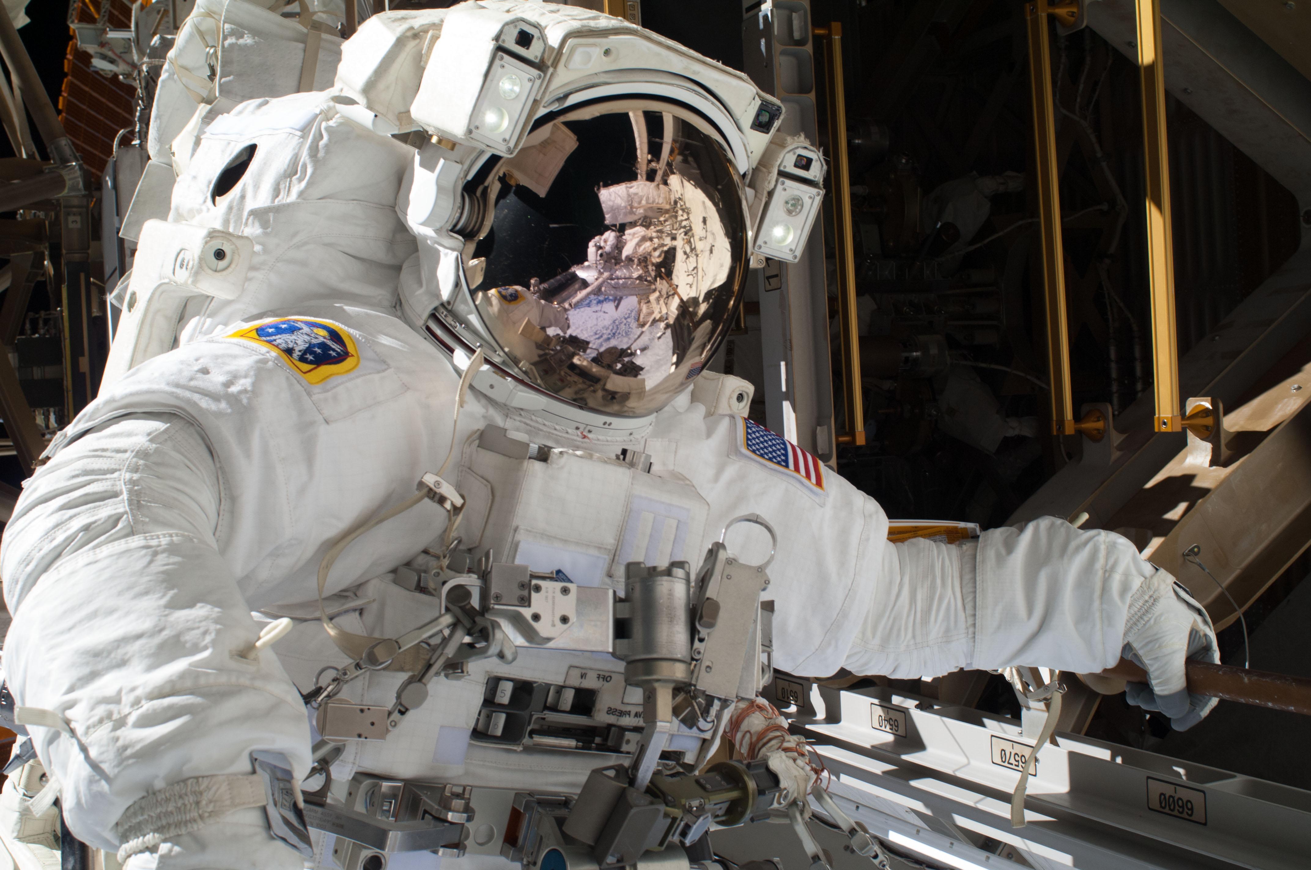 oldest original astronaut - photo #24