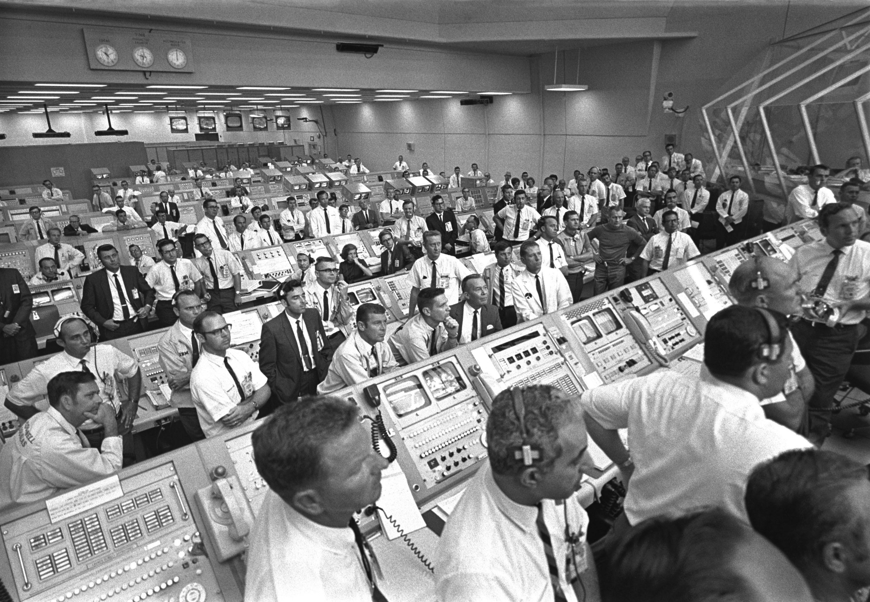 Rise Credit >> Apollo 11 | NASA