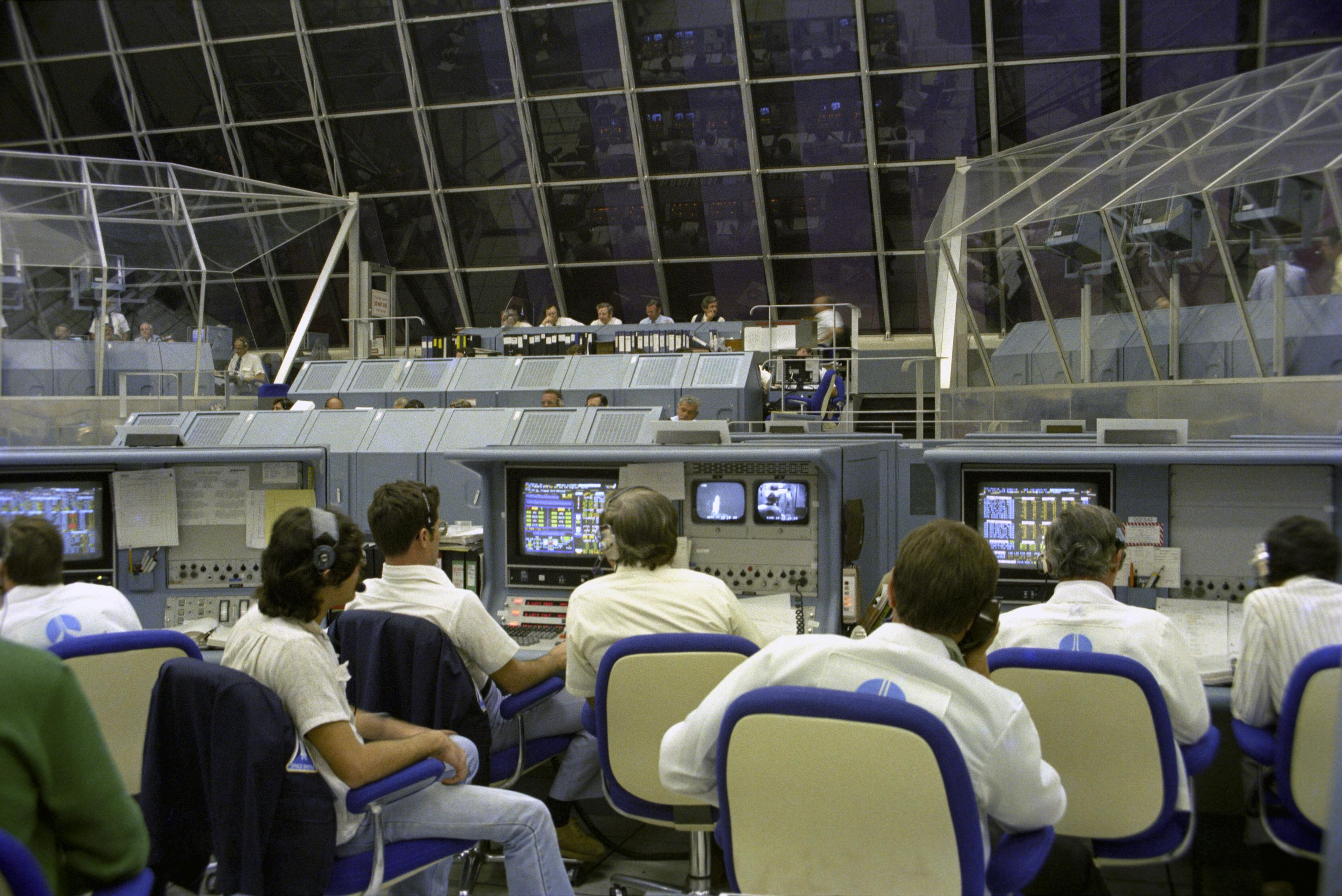 Launch Control Center, STS-1 | NASA