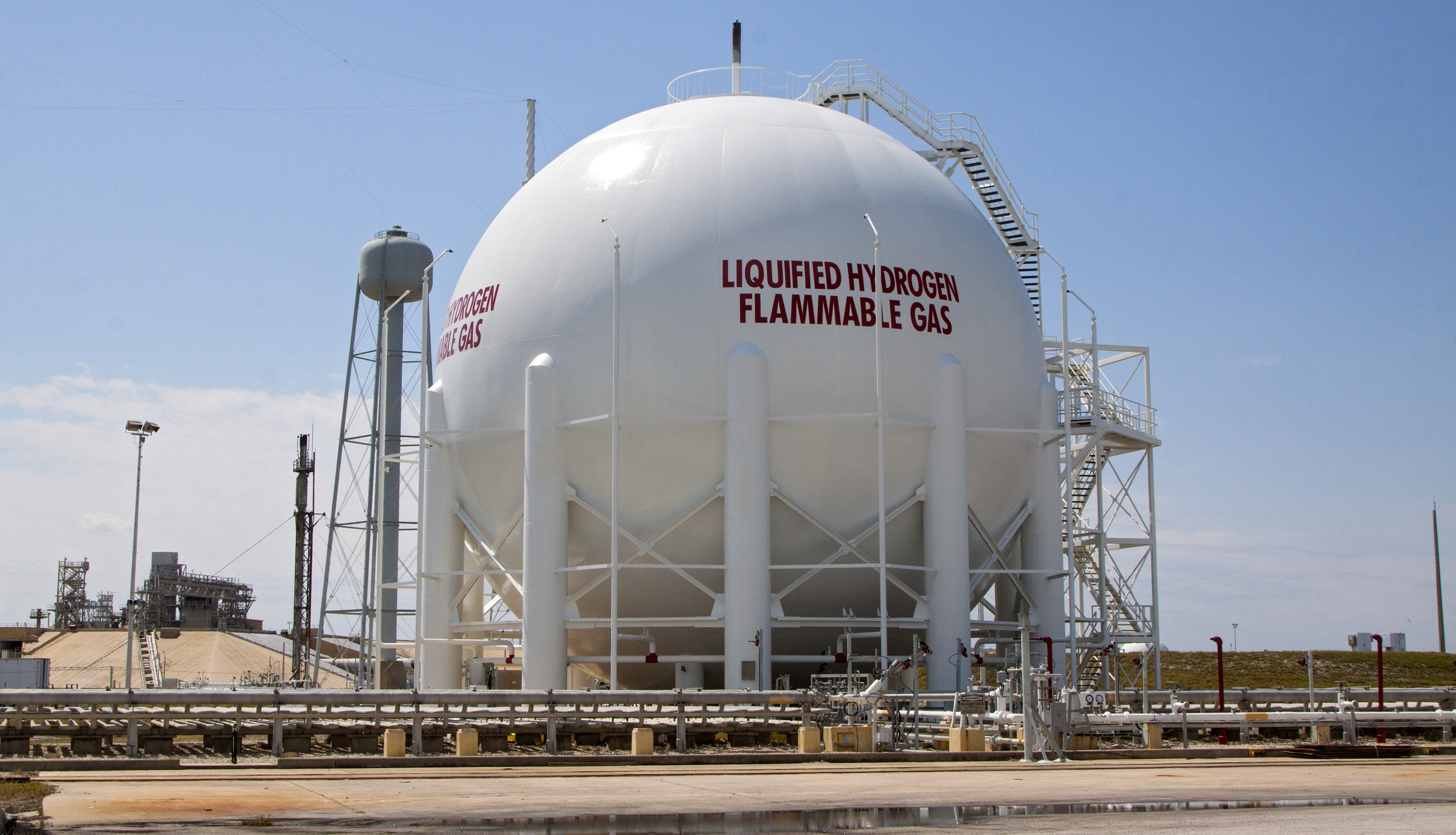 Liquid Hydrogen--the Fuel of Choice for Space Exploration : petrol storage containers  - Aquiesqueretaro.Com
