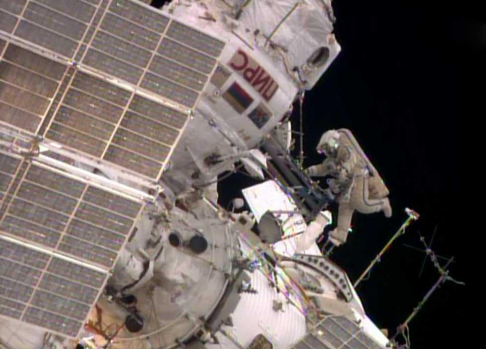 Οι Κοσμοναύτες του Διαστημικού Σταθμού ολοκλήρωσαν τον Περίπατο τους