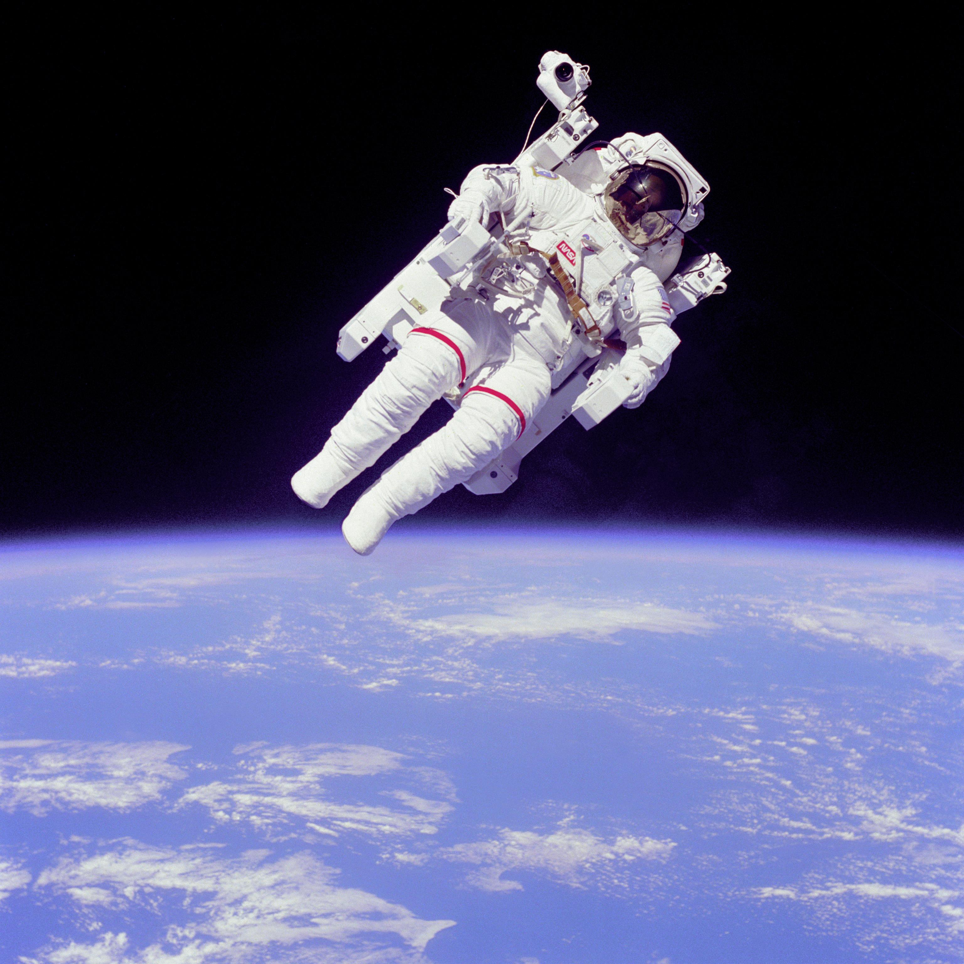 astronaut space shuttle - photo #46
