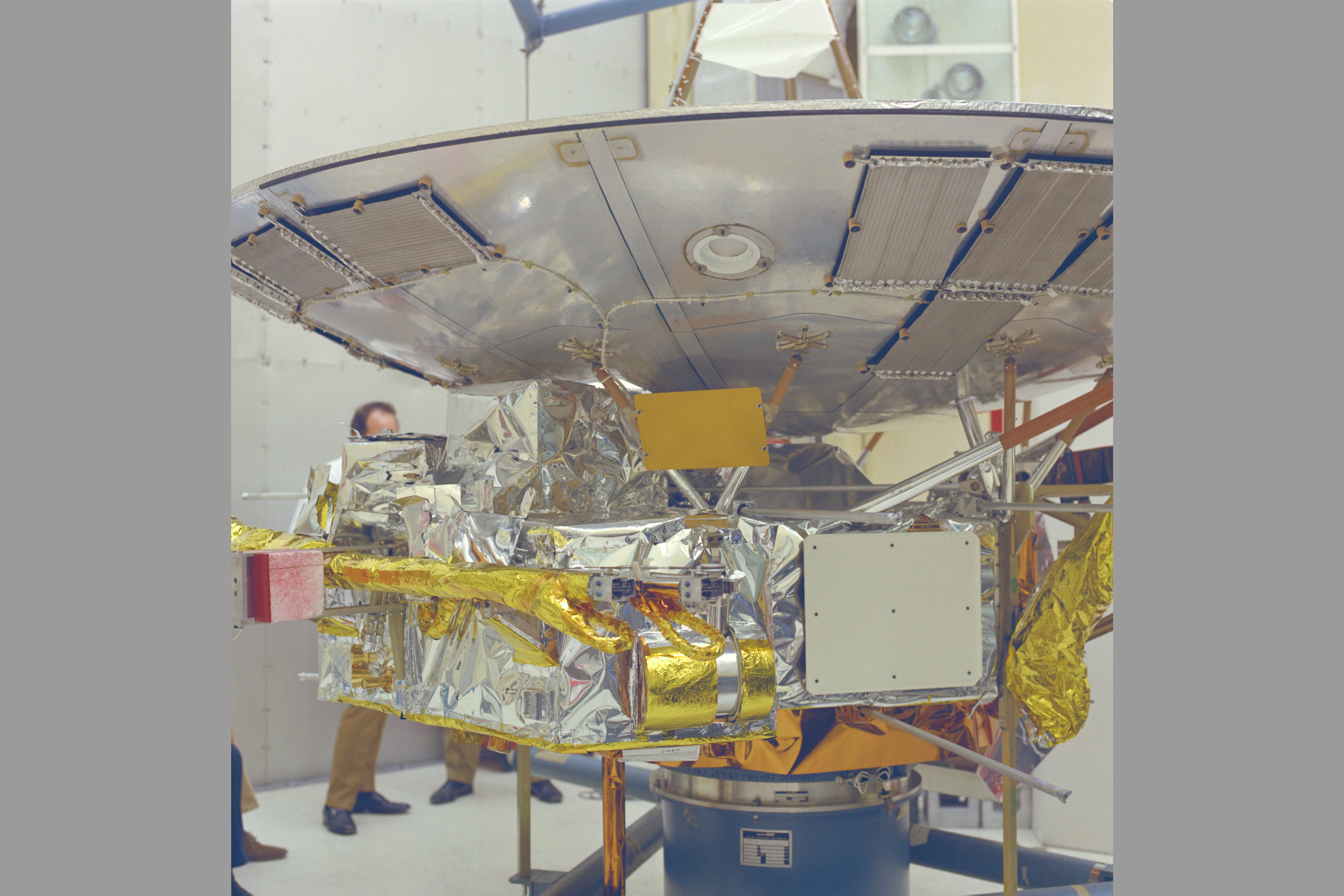 nasa pioneer mission 10 - photo #15
