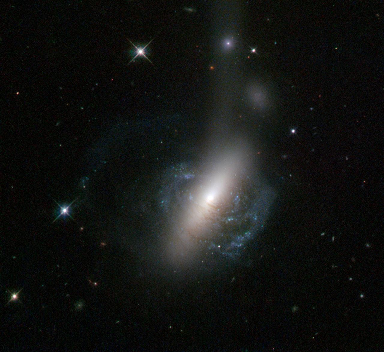 hubble telescope galaxies colliding - photo #23